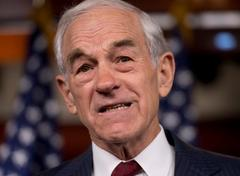 Ron Paul Compares Obama's Aid to Syrian Rebels to Bush's Invasion of Iraq