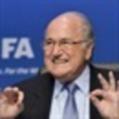 valcke wants blatter stay