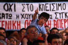 greece's public tv still off despite court ruling
